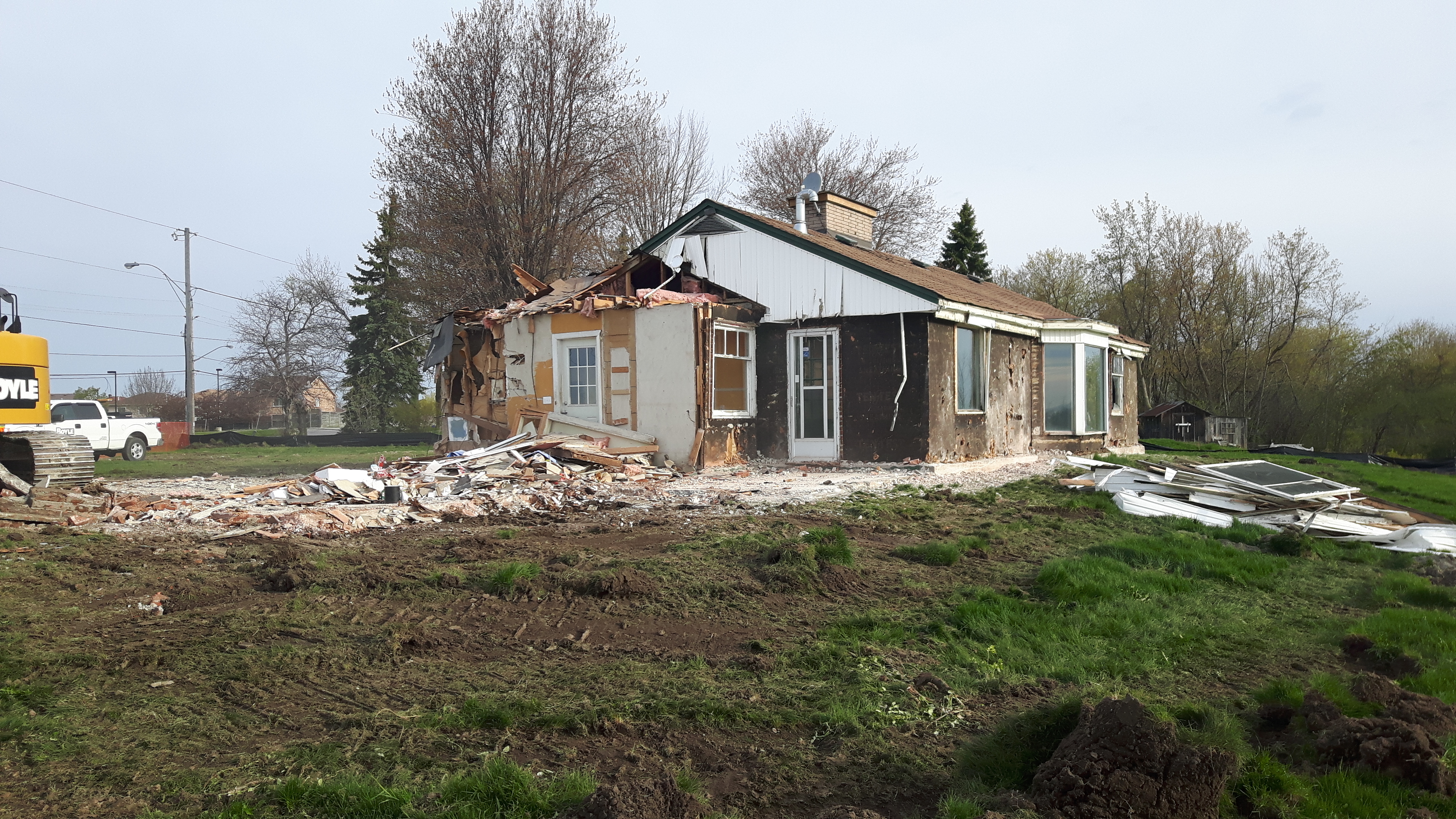 Construction of new affordable housing in bowmanville for Affordable home construction